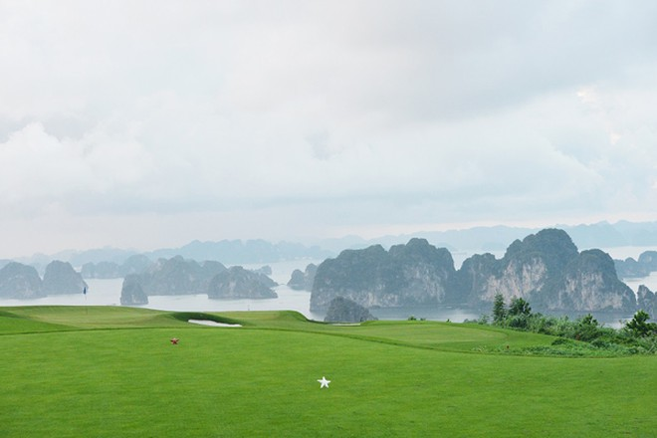 Ngắm sân FLC Ha Long Golf Club trước giờ khai mạc giải KLF Golf Tournament 2017 ảnh 3