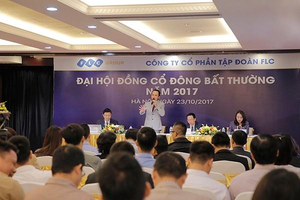 Ông Trịnh Văn Quyết, Chủ tịch Hội đồng quản trị phát biểu trong đại hội