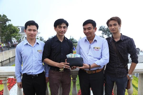 Anh Lê Quang Thuận nhận lại tài sản bị thất lạc ở Bà Nà Hills