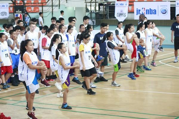 Hãy khuyến khích trẻ chơi thể thao để có sức khỏe và phát triển tốt nhất