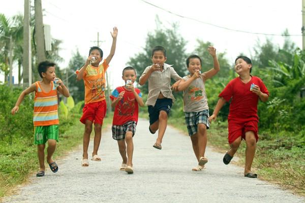 Hình thành thói quen vận động nhằm giảm thiểu nguy cơ mắc các bệnh KLN khi trẻ trưởng thành