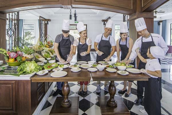 """Lớp học nấu ăn (Cooking class) sẽ """"cá nhân hóa"""" dịch vụ ẩm thực đến từng khách hàng"""