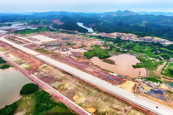 Các hạng mục cuối của sân bay Vân Đồn đang khẩn trương hoàn thành, dự kiến đưa vào vận hành cuối quý 2/2018
