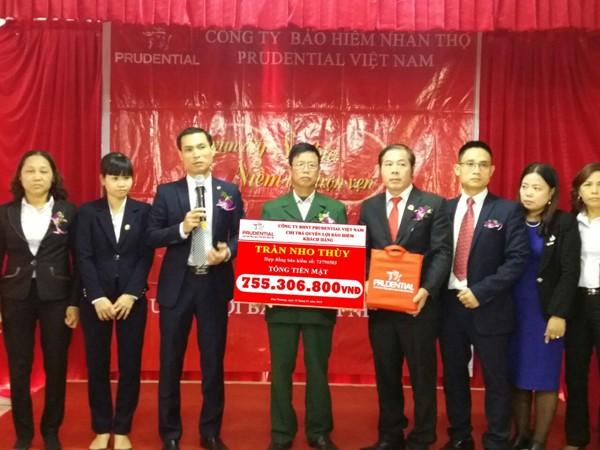 Prudential chi trả hơn 2 tỷ đồng quyền lợi bảo hiểm cho khách hàng tại Hà Nội và Bắc Giang ảnh 2