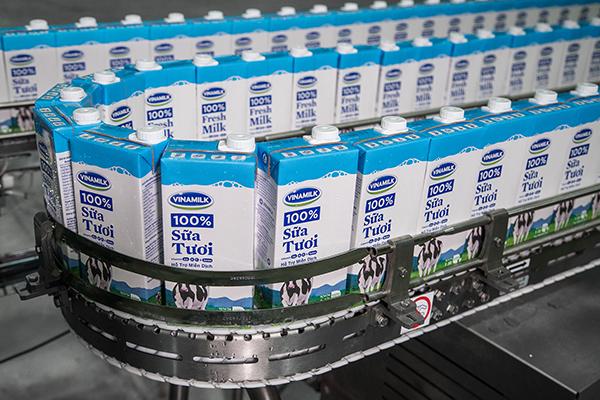 Dây chuyển sản xuất sữa tại nhà máy của Vinamilk