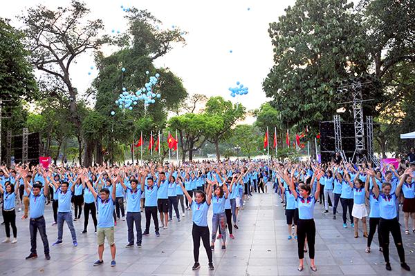 Màn flahmob của hàng nghìn cán bộ, nhân viên VietinBank tạo ấn tượng với đông đảo công chúng