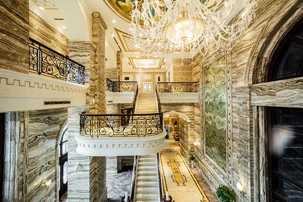 D'. Palais Louis là toà tháp sở hữu đại sảnh đắt giá bậc nhất Việt Nam