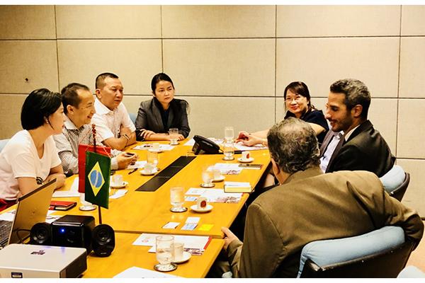 Khách hàng SME VietinBank trao đổi cơ hội đầu tư cùng Thương vụ Sao Paulo