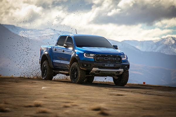 Ford Ranger Raptor – Dòng bán tải hiệu năng cao chính thức ra mắt thị trường Việt Nam