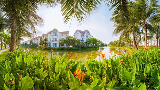 Vinhomes Riverside đã thuyết phục hoàn toàn các chuyên gia bất động sản hàng đầu thế giới nhờ hệ sinh thái toàn diệnđược quy hoạch đồng bộ, khoa học và hệ thống cảnh quan xanh mát.