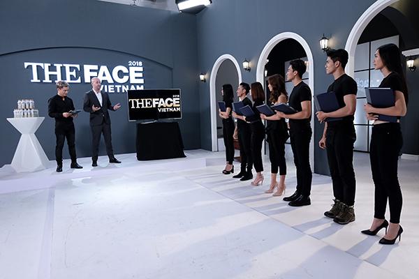 Thí sinh The Face bất ngờ được chuyên gia Marketing hàng đầu thế giới huấn luyện trước khi vào chung kết