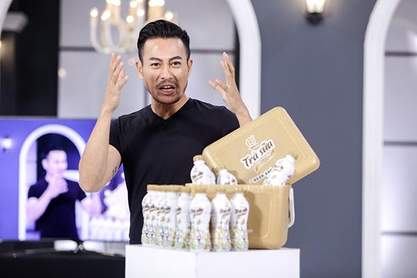 Trương Thanh Long tức giận vì sự thể hiện yếu kém của các thí sinh cùng đội.