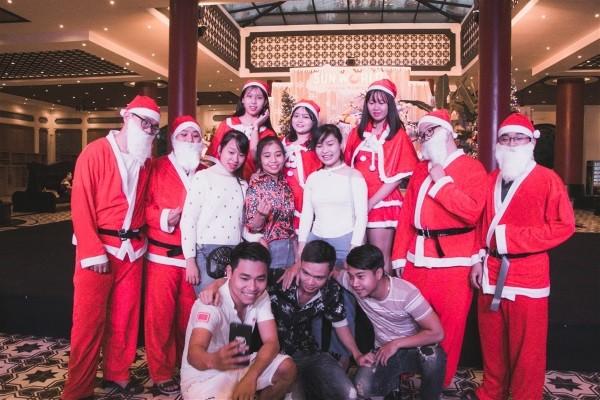Giáng sinh ngập tràn niềm vui với Đại nhạc hội tại Sun World Danang Wonders