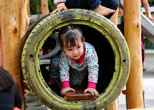 """Ford Việt Nam góp sức xây dựng sân chơi tái chế cho trẻ em, hướng đến một môi trường """"xanh"""""""