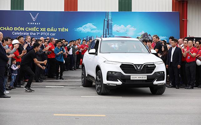Những chiếc xe VinFast đầu tiên sẽ được gửi tới nhiều nước để thử nghiệm trước khi chính thức được bán ra thị trường.