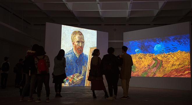 Vừa khai mạc, triển lãm Van Gogh đón hơn 10.000 lượt khách tham quan