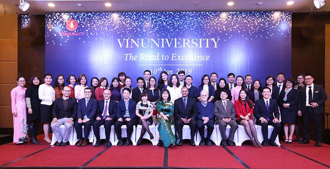 GS Verma tin tưởng vào sự chuyên nghiệp và ý chí của các đồng nghiệp tại VinUni