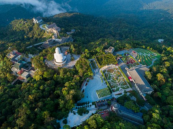 Sau 10 năm đi vào hoạt động, Sun World Bà Nà Hills trở thành điểm đến du lịch hàng đầu Việt Nam