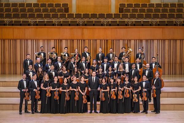 """- Hòa nhạc giáo dục của SSO có thể coi là một dự án đào tạo và """"phổ cập"""" nhạc hàn lâm cho học sinh, sinh viên lần đầu tiên ra đời. Phải chăng đây là mong muốn """"trẻ hóa"""", mở rộng thêm đối tượng nghe nhạc giao hưởng của SSO?"""