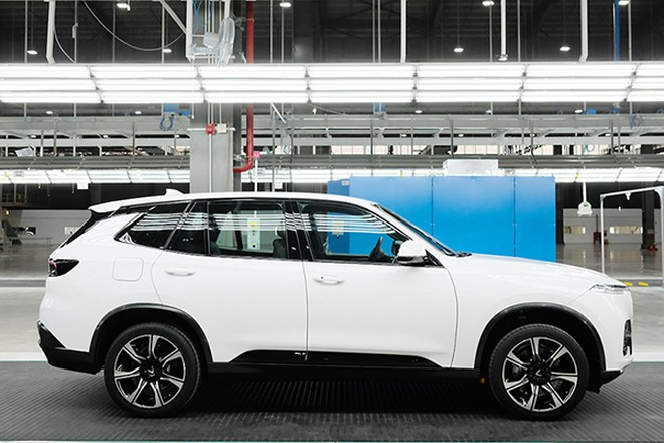 Nhà máy sản xuất ô tô VinFast sẽ chính thức khai trương vào tháng 6 và dự kiến những chiếc xe đầu tiên sẽ được bàn giao cho khách hàng trong tháng 7/2019.