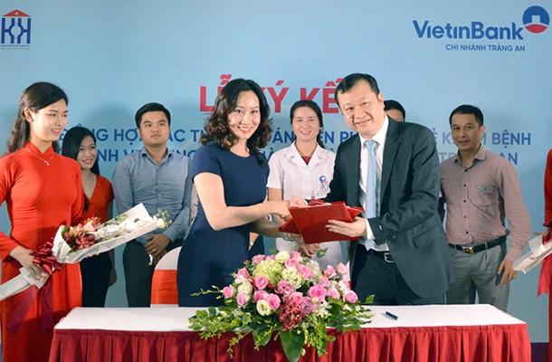 Lễ ký kết hợp tác giữa VietinBank Tràng An và Bệnh viện Ung bướu Hà Nội
