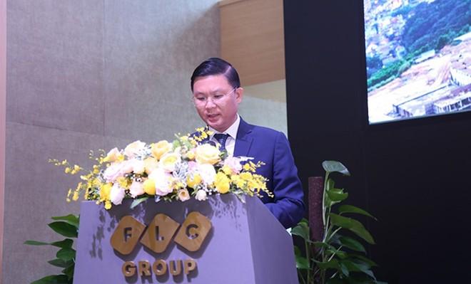 Ông Lê Thành Vinh, Phó Chủ tịch thường trực HĐQT báo cáo hoạt động của Tập đoàn FLC năm 2018 và kế hoạch thực hiện năm 2019