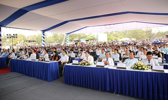 Lễ khởi công FLC Quảng Ngãi có sự tham dự của nhiều lãnh đạo cấp cao T.W, địa phương và đông đảo nhân dân tỉnh Quảng Ngãi