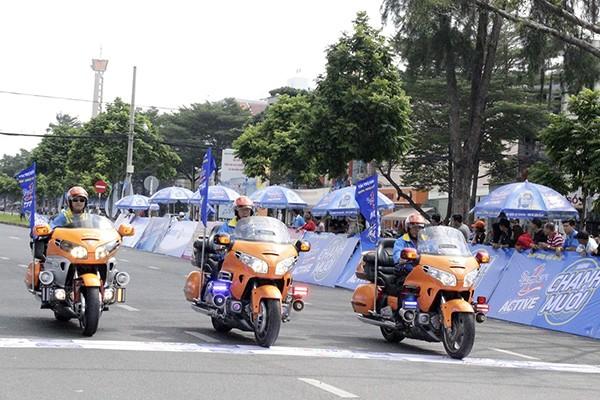Nước uống vận động Number 1 Active Chanh Muối là nhà tài trợ của giải