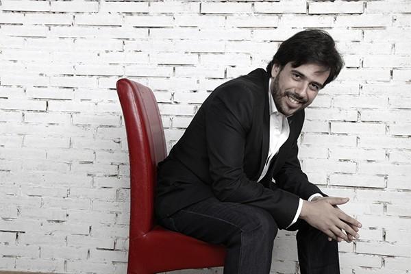 Chân dung nghệ sĩ piano Iván Martin
