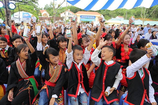 Nơi nào Quỹ sữa Vươn cao Việt Nam chọn là điểm đến, nơi ấy đều tràn ngập niềm vui và sự xúc động.