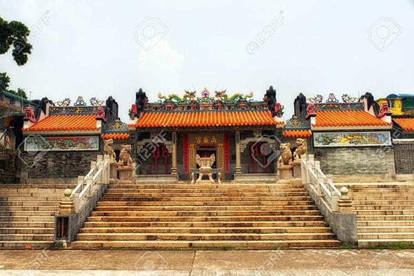 Pak Tai cũng là tên của vị hoàng đế được tin rằng sở hữu sức mạnh của thần