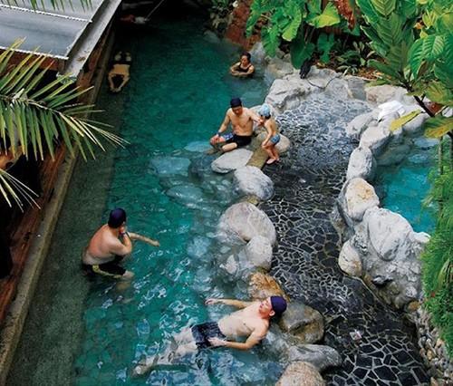 Suối nước nóng Guguan, Đài Trung, Đài Loan