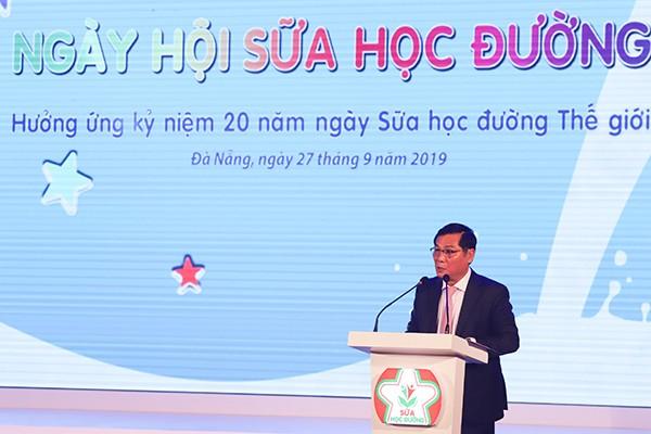 Ông Trần Quang Trung, Chủ tịch Hiệp hội sữa Việt Nam cho biết gần đây nhiều tỉnh thành đã thực hiện chương trình sữa học đường và đạt kết quả rất tốt, nhận được sự hưởng ứng của cộng động và chương trình đang được nhân rộng tại các địa phương khác trong thời gian tới.