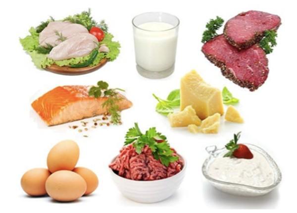 Nhu cầu dinh dưỡng của bé từ 2 tuổi cần đa dạng thực phẩm và các dưỡng chất thiết yếu cho sự phát triển não bộ
