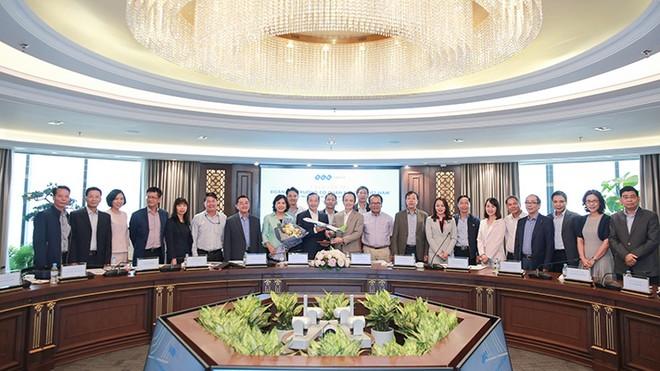 Tập đoàn FLC gặp mặt đoàn Trưởng các cơ quan đại diện Việt Nam tại nước ngoài nhiệm kỳ 2019 – 2022 ảnh 1