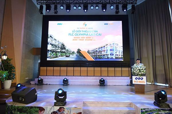 Ông Nguyễn Hoài Sơn, Phó Tổng giám đốc FLCHomes phát biểu tại sự kiện