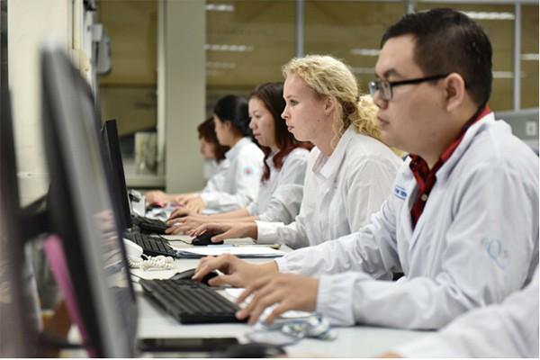 Cô Gái Hà Lan tự hào với đội ngũ quản lý chất lượng giàu kinh nghiệm, đưa những quy chuẩn an toàn cho sản phẩm