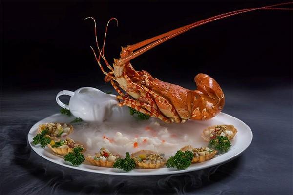 Tất niên, gặp gỡ cuối năm, chọn nhà hàng nào ở Đà Nẵng?