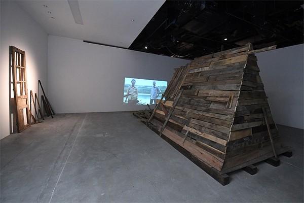 """Tác phẩm """"6m vuông từ năm 79"""" của nghệ sĩ Phan Anh"""