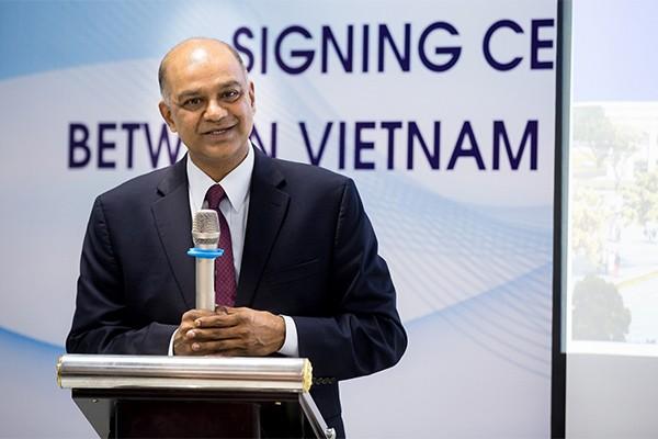 Giáo sư Rohit Verma – Hiệu trưởng trường Đại học VinUni chia sẻ: Quyết định thành lập trường mới là bước đầu tiên, còn có rất nhiều việc phải làm để hiện thực hóa những điều đã cam kết.