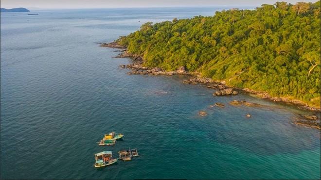 Bắc đảo Phú Quốc được bao bọc bởi rừng, biển vô cùng kỳ vĩ