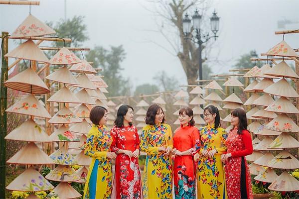 Những dấu ấn khó quên tại lễ hội hoa đào lớn nhất Việt Nam