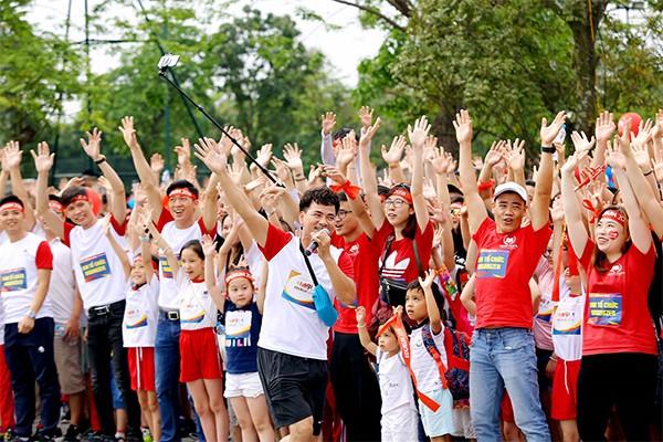 Giải chạy EDURUN hàng năm đã kết nối hàng ngàn học sinh, gia đình và rất nhiều cơ quan tổ chức, các nghệ sỹ nổi tiếng cùng tham gia, sẻ chia thông điệp về lòng nhân ái.