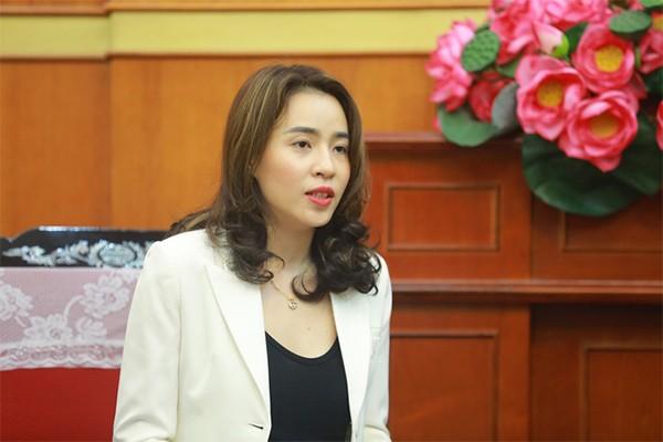 Bà Trần Thị Như Trang, Giám đốc Quỹ vì tầm vóc Việt, phát biểu tại buổi gặp gỡ Trung ương MTTQ Việt Nam.