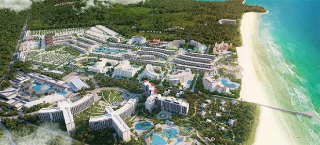 Với diện tích 85ha, tọa lạc tại Bãi Dài - một trong những bãi biển đẹp nhất hành tinh,