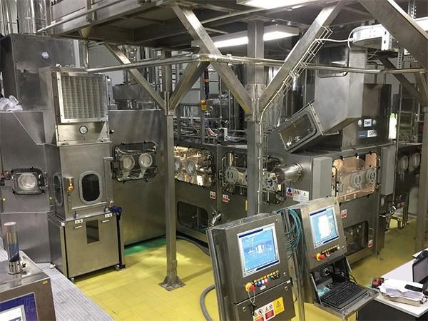 Buồng chiết lạnh vô trùng Aseptic tại nhà máy Tân Hiệp Phát.