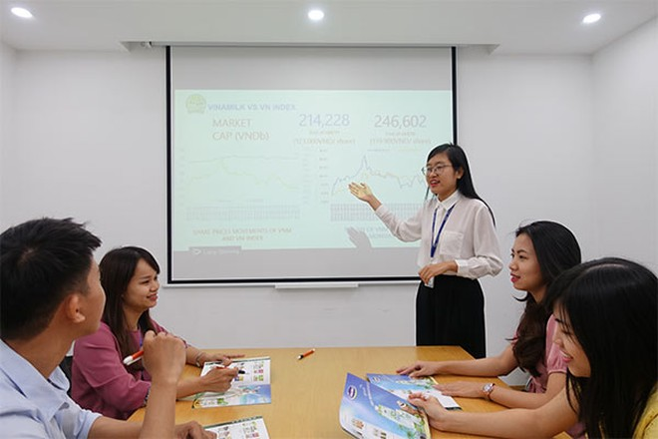 Đội ngũ nhân sự trẻ được tạo điều kiện để phát triển và thử thách bản thân với những vị trí quản lý trong Vinamilk