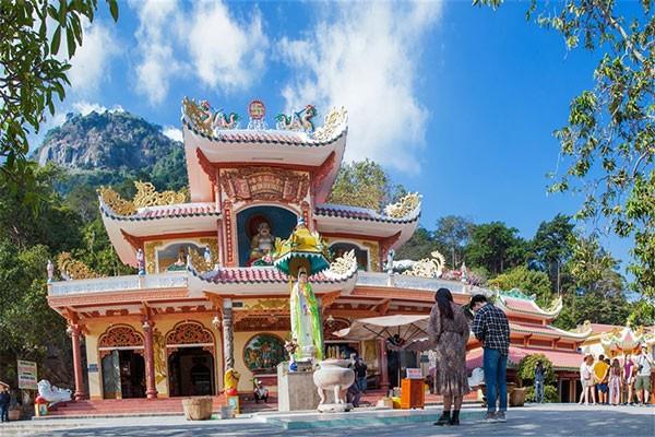 Có gì ở điểm đến linh thiêng nhất Nam Bộ? ảnh 5