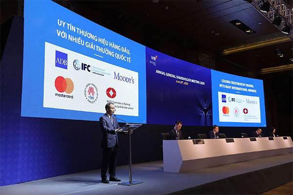 ĐHĐCĐ VIB 2020: Tiếp tục hành trình một ngân hàng bán lẻ có quy mô và chất lượng