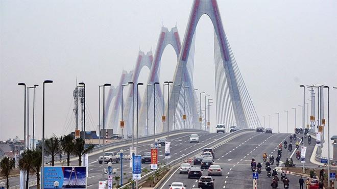 Cầu Tứ Liên sẽ góp phần giảm lưu lượng giao thông tại các cây cầu hiện hữu, mở ra khu vực phát triển mới cho Thủ đô.